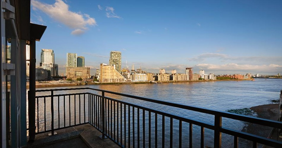 DoubleTree by Hilton London Docklands Riverside photo 17