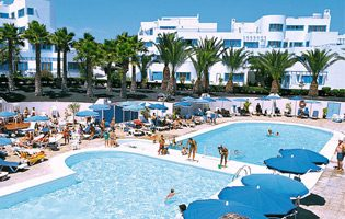 Family Holidays To Lanzarote - Puerto Del Carmen Package Holidays
