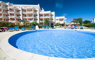 Sun Holidays Cheapest Holidays To The Algarve - Praia Do Vau